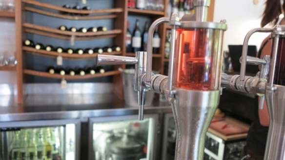 Rosé wine on tap (and 30l keg in the fridge)