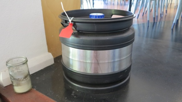 30 litre keg where the tap wine is stored